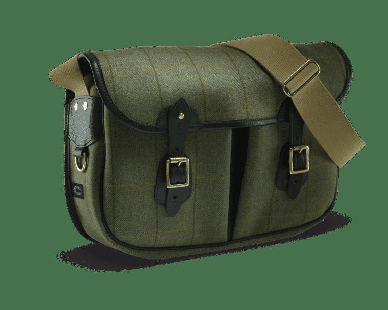 Helmsley Tweed Carryall ist eine sportlich elegante Tasche in edlem grün.