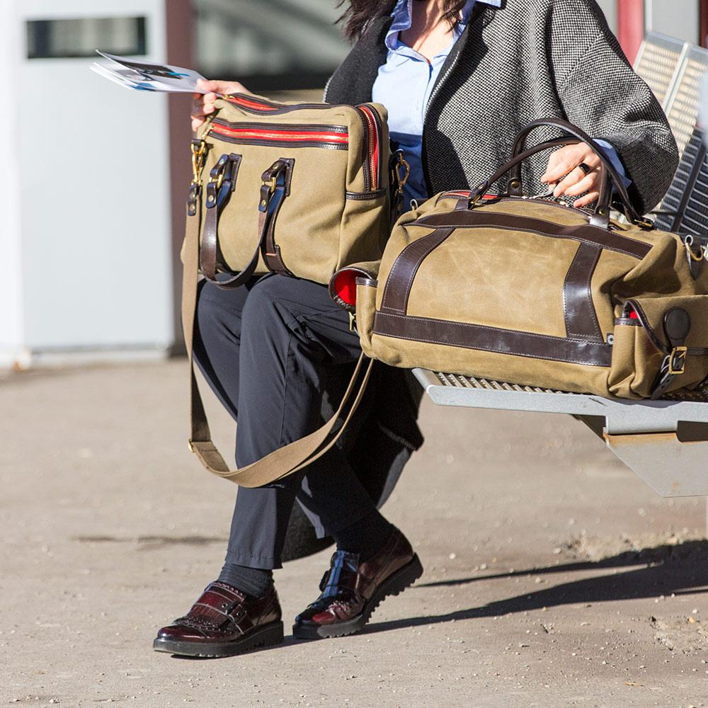 Eine weniger bekannte Taschen wird beim Shoppen genutzt