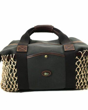 Cedar Holdall von Vorne mit Netztaschen